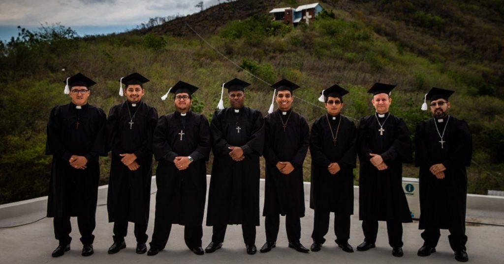 CMSCR_Graduates_2019