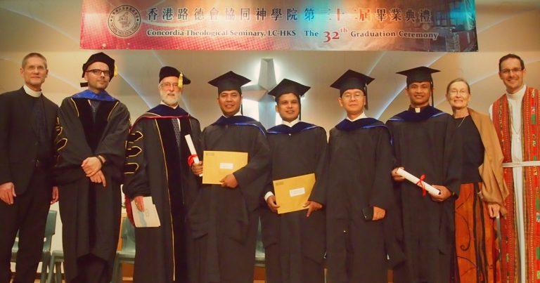 Photo of seminary graduates in Hong Kong
